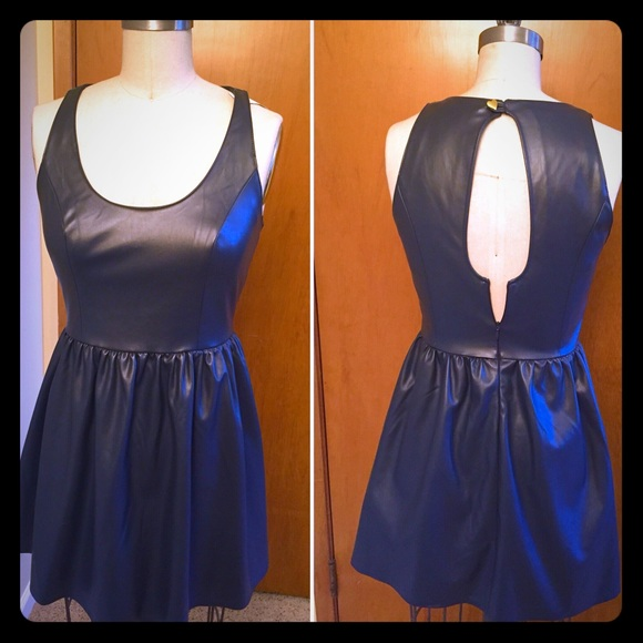 Vera Wang Dresses & Skirts - Navy patent leather Vera Wang dress, size 3